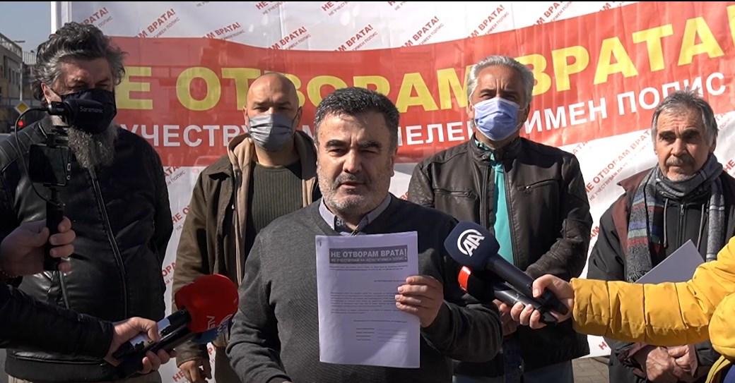 """Национален Блок """"Не отворам врата"""": Пописот е веќе неуспешен и веднаш да престане, во странство се попишува само едно малцинство   од Македонија"""